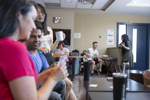 Grad students enjoying down time in CS lounge
