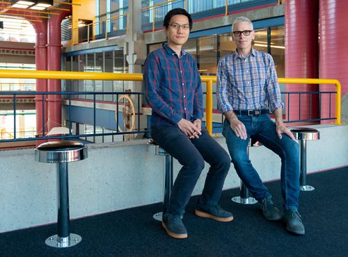 photo of Professors Lap Chi Lau and Daniel Vogel