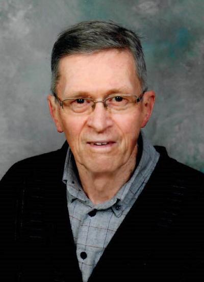 photo of Professor Emeritus Richard, Bruce Simpson